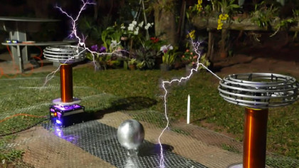 YouTuber Plays Toto's Africa on a High-Voltage Tesla Coil and It's a Pleasure to Listen To