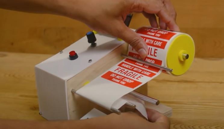 arduino label dispenser in operation