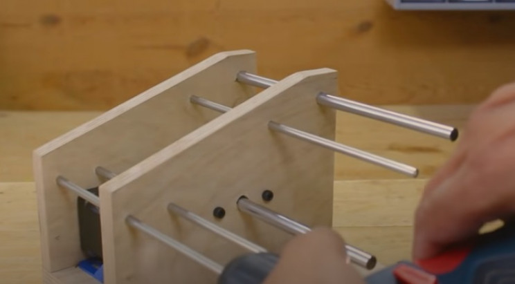 diy arduino label dispenser smaller rods