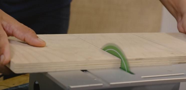 diy arduino lable dispenser wood
