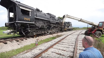Watch a Team Rerail a Huge 200-Ton Steam Locomotive
