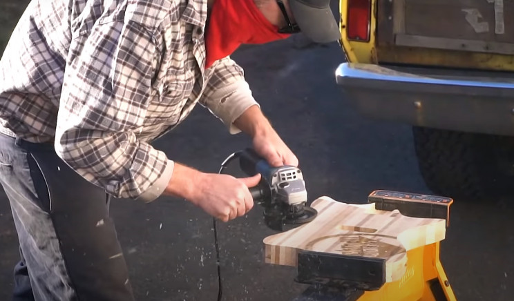 scrap wood guitar grinder