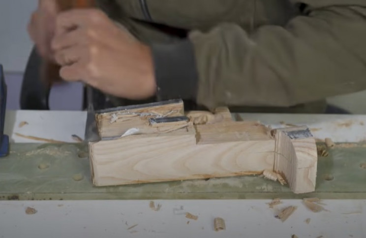 diy wooden sniper rifle chisel main part
