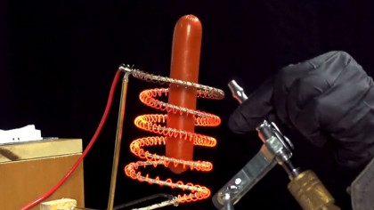 Here's How You Cook a Hot Dog Mid-Air With Science
