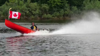 YouTubers Build World's Fastest Twin Jet-Powered Canoe