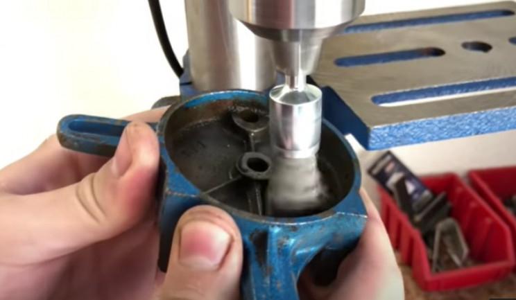 handcrank grinder polish