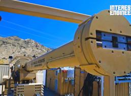 How Powerful Electromagnetic Railguns Work