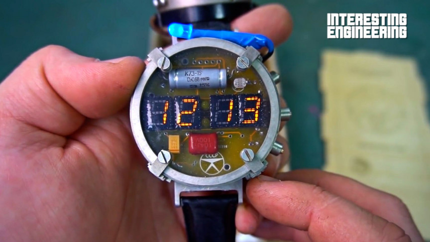 Make Your Own Wristwatch and Dosimeter from Metro Exodus