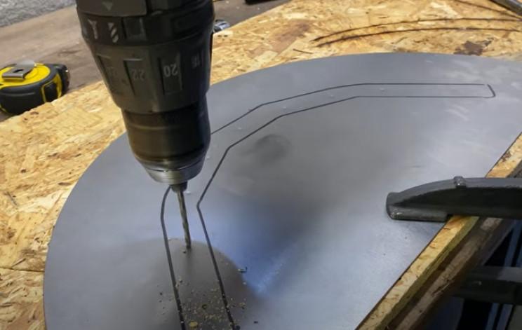 metal garden hose holder rear mounting holes