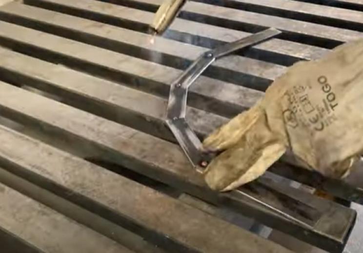 diy garden hose holder weld arch