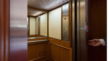 This Video Reveals Why Most Elevators Have Mirrors Inside Them