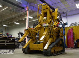 Engineers Built Huge Mechanical Exoskeleton. Inspired by the Power Loader From Aliens?