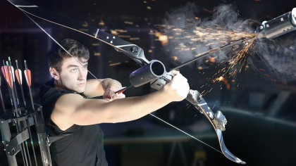 Inventor Builds Avengers Hawkeye's Arrows, Bows and Quiver