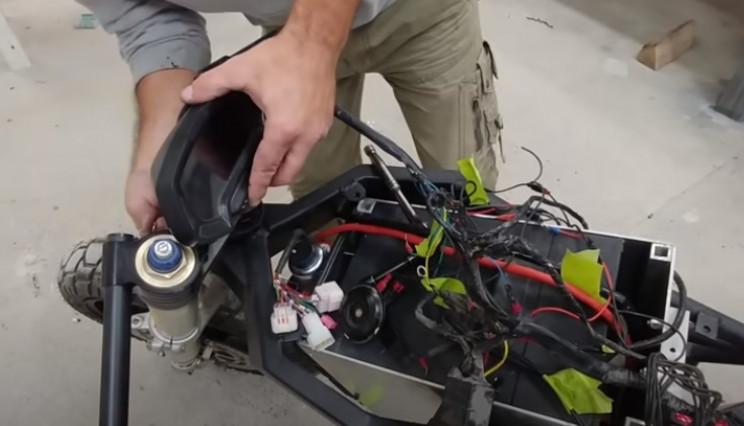 diy streetfighter speedometer
