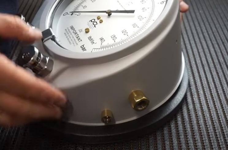 diy pressure gauge new base