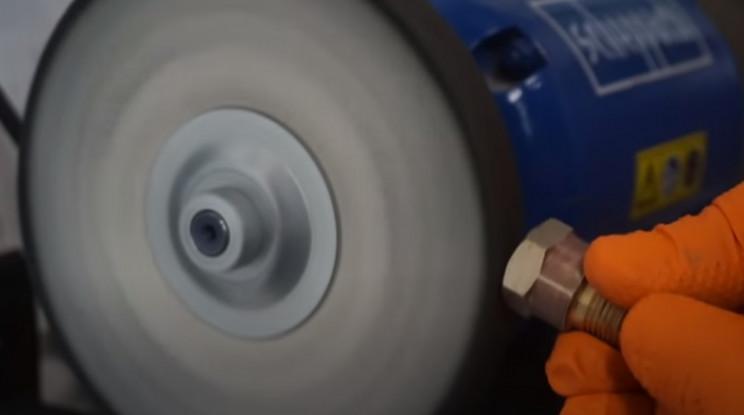 diy pressure gauge restore sand brass