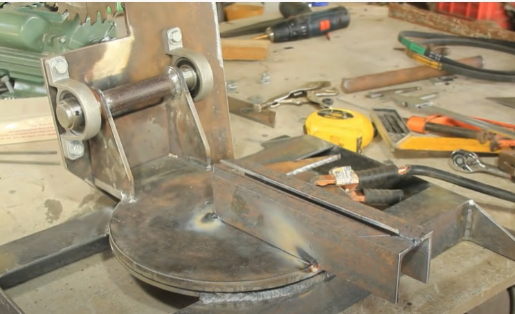 combo miter and table saw latch