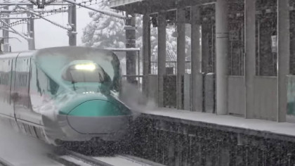 Snow Is No Match For This Japanese Bullet Train