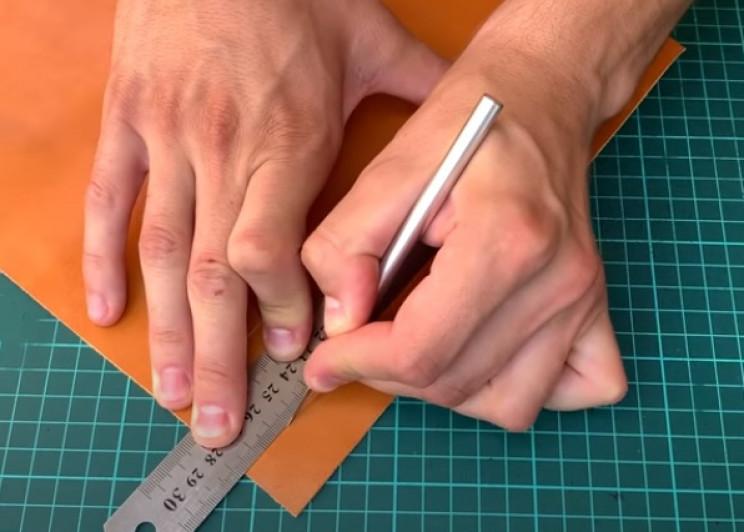 diy leather watch strap cut leather