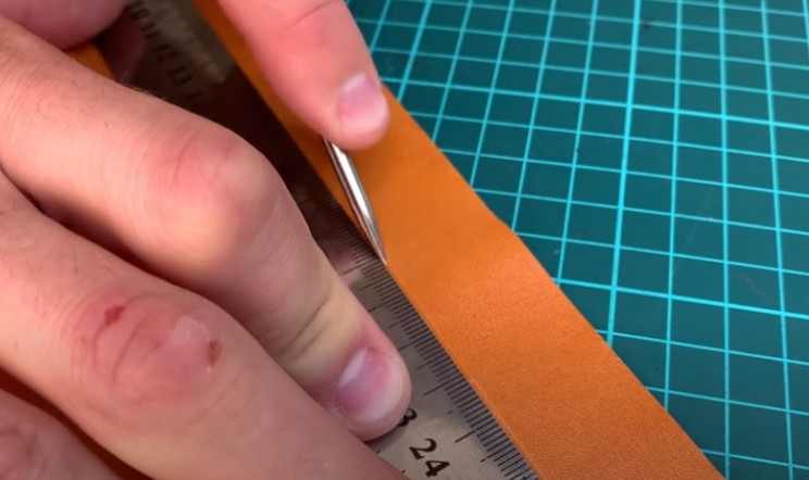 diy leather strap score leather